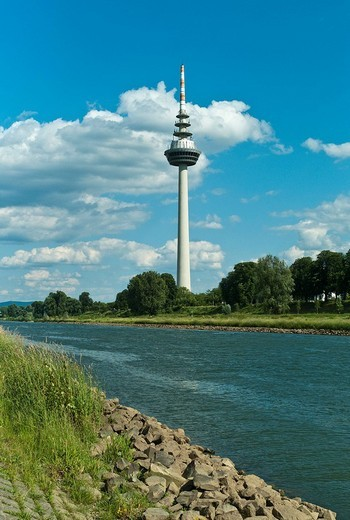 Stock Photo: 1848-117003 Telecommunications tower, 212.8 m, modern landmark of the city of Mannheim, Baden_Wuerttemberg, Germany, Europe