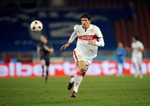 Stock Photo: 1848-118588 Mario GOMEZ, VfB Stuttgart, with the ball
