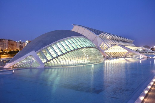 Stock Photo: 1848-12136 ESP, Spain, Valencia : Ciudad de las Artes Y de las Ciencias, City of arts and sciences. L´Hemisferic and Museo de las Ciencias Principe Filipe