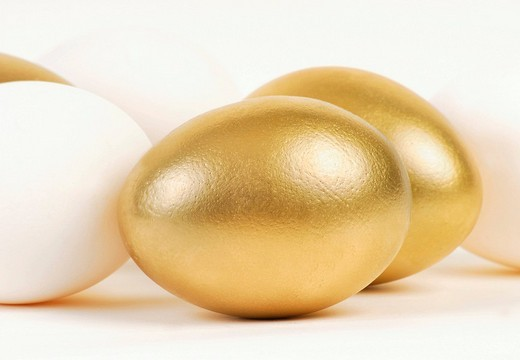 Stock Photo: 1848-123767 Golden and white Easter eggs