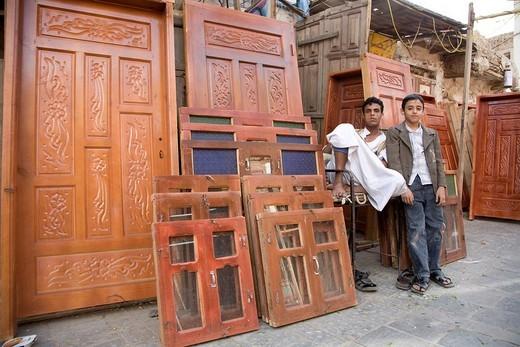 Carpenter´s workshop, souk, San'a', Yemen, Middle East : Stock Photo