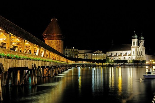 Stock Photo: 1848-124720 Chapel Bridge over Reuss River in Lucerne with Jesuit Church at back, Canton of Lucerne, Switzerland, Europe