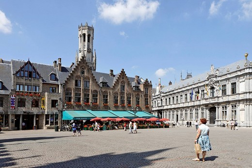 Belfry and citizen houses at the great market square, Brugge, Flanders, Belgium : Stock Photo