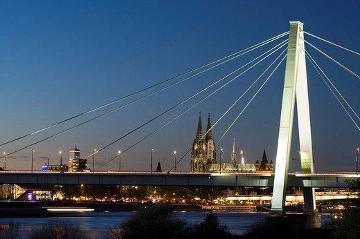 Severinsbruecke Bridge, Rhein River and Cologne Cathedral at night, Cologne, North Rhine_Westphalia, Germany, Europe : Stock Photo