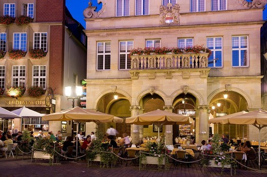 Restaurant in front of the City Wine House at the Prinzipalmarkt, Muenster, North Rhine_Westphalia, Germany, Europe : Stock Photo