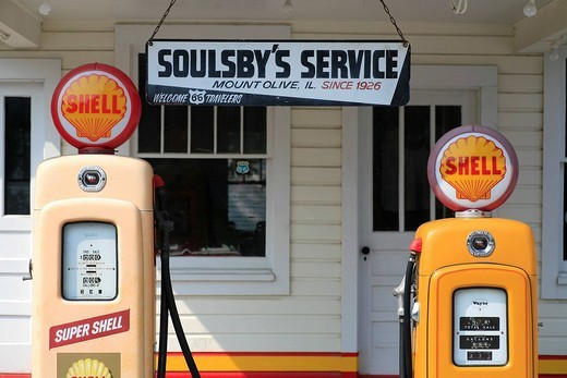 Stock Photo: 1848-12884 Soulsby´s Service Station on the historic Route 66, Mount Olive, Illlinois, USA
