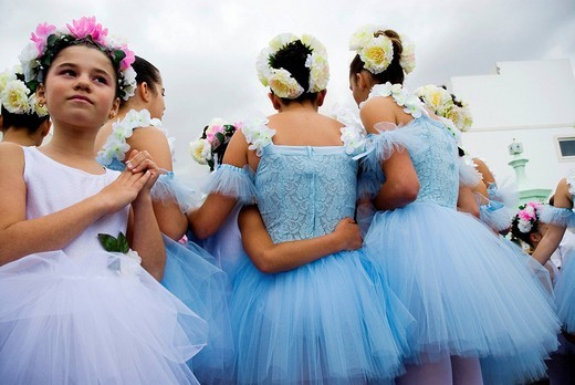 Flower procession, April Flower Festival in Funchal, Madeira, Portugal, Europe : Stock Photo