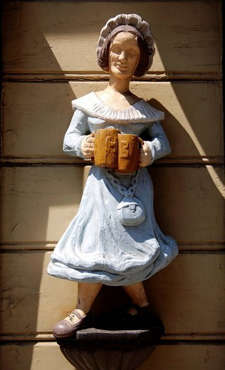 Stock Photo: 1848-129943 Wooden figurine on a pub, Wernigerode town, Saxony_Anhalt, Germany, Europe