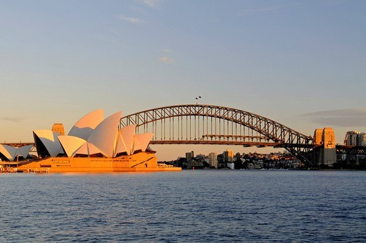 Sydney Opera House and Harbour Bridge at sunrise, Sydney, Australia : Stock Photo