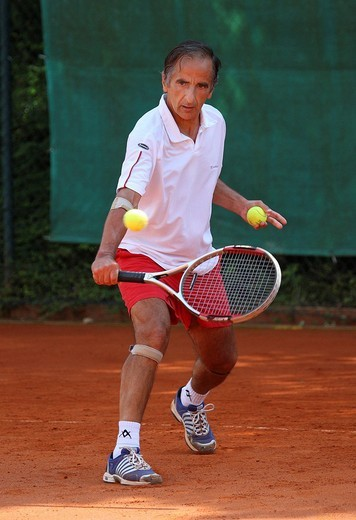 Stock Photo: 1848-134884 Winner Jorge Camina_Borda, Spain, Men´s Singles over 60, 19th International Seniors Tennis Championships in Germany at the TC Tegernsee Valley Tennis Club, 2009 German Open Veterans, ITF Tournament, Rottach_Weissach, Bavaria, Germany, Europe