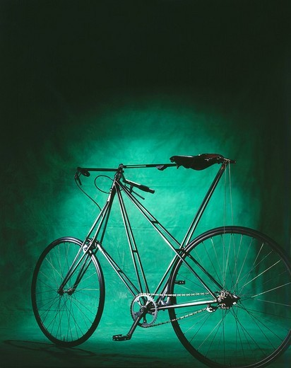 Stock Photo: 1848-134911 Pedersen bicycle in front of green background