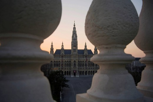 Stock Photo: 1848-135571 Town hall square in Vienna