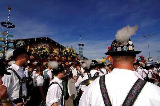 Men in tradtional costumes during the opening ceremony, entering of the breweries, Wies´n, October fest, Munich, Bavaria, Germany, Europe : Stock Photo