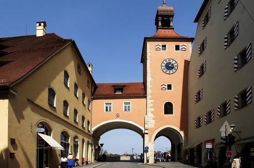Bruecktor Gate at the Steinerne Bruecke Bridge, Regensburg, Upper Palatinate, Bavaria, Germany, Europe : Stock Photo