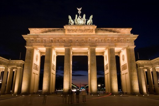 Stock Photo: 1848-139689 Brandenburger Tor Brandenburg Gate at night, Pariser Platz, Central Berlin, Germany, Europe