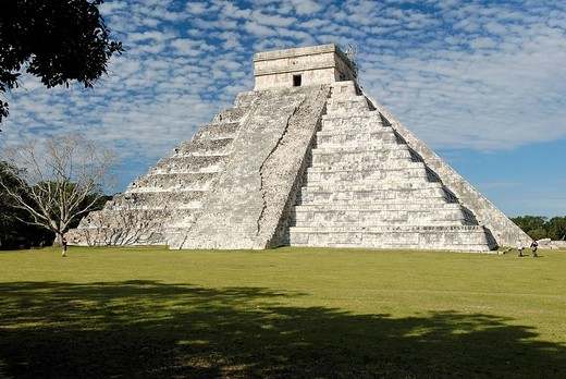 Stock Photo: 1848-141149 Kukulkan pyramid, Maya and Toltec archeological site Chichen Itza, new worldwonder, Yucatan, Mexico