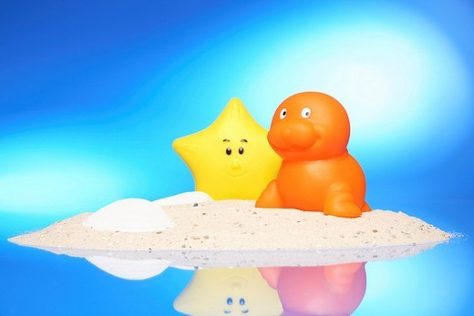 Stock Photo: 1848-141754 Rubber seal and starfish