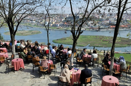 Stock Photo: 1848-141919 View from Café Pierre Loti towards the historic centre of Istanbul, Istanbul, Turkey