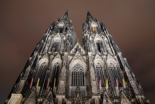The Cologne Cathedral at night, Cologne, North Rhine_Westphalia, Germany, Europe : Stock Photo