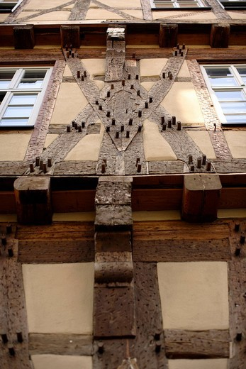 Stock Photo: 1848-144868 Detail of a half_timbered house, Buergeramt, citizen centre, Tuebingen, Baden_Wuerttemberg, Germany, Europe