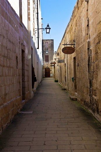 Stock Photo: 1848-146417 Old alley in the Citadel in Victoria, Rabat, Gozo, Malta, Europe