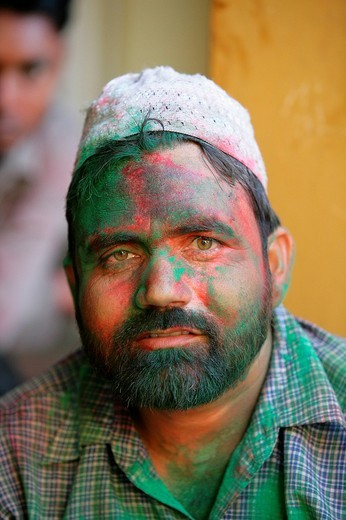 Man, portrait during a wedding, Sufi shrine, Bareilly, Uttar Pradesh, India, Asia : Stock Photo