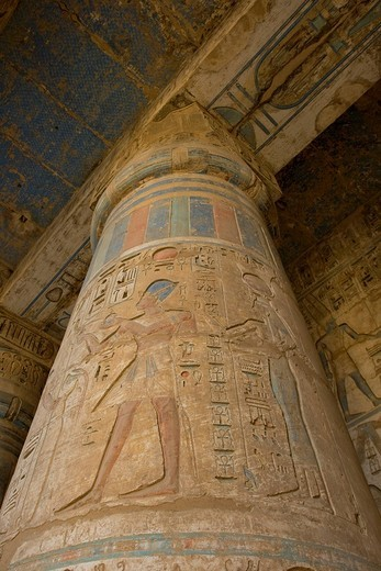 Column in the colonnade of the second court with hieroglyphs of Ramses III, Medinat Habu or Haboe, West Bank, Luxor, Nile Valley, Egypt, Africa : Stock Photo