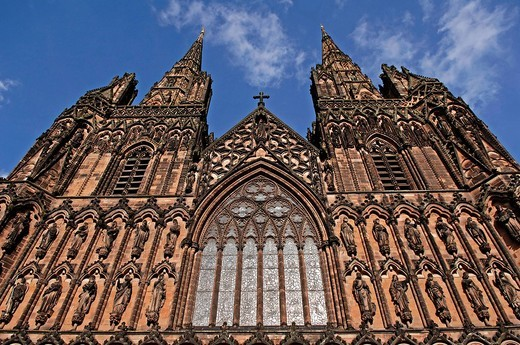 Detail of the main front of the gothic cathedral, Lichfield, England, Europe : Stock Photo
