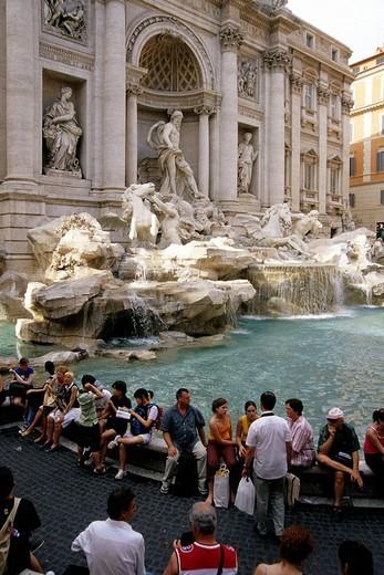 Fontana di Trevi, Baroque fountain construction, tourists, Rome, Italy, Europe : Stock Photo