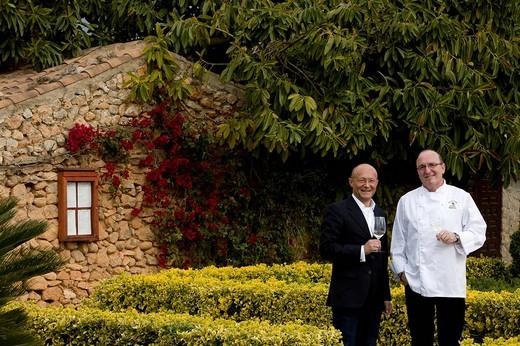 Stock Photo: 1848-162333 Winemaker Prof. Michael Popp, left, Peter Himbert, head chef of the Molí des Torrent restaurant, Santa María del Camí, Majorca, Balearic Islands, Spain, Europe