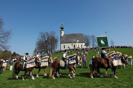 Georgiritt, George´s Ride, Easter Monday procession, Ettendorf Church, Traunstein, Chiemgau, Upper Bavaria, Bavaria, Germany, Europe : Stock Photo