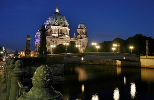 Berliner Dom cathedral and bridge at the blue hour, Unter den Linden district, Berlin, Germany, Europe : Stock Photo