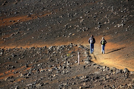 Stock Photo: 1848-165905 Hikers on the Sliding Sands Trail on the way to the crater of the Haleakala Volcano, Haleakala National Park, Maui Island, Hawaii, USA