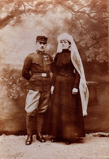 Soldier with his wife, historical photograph, circa 1900 : Stock Photo