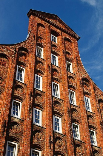 Stock Photo: 1848-166653 Historical residential house with typical gable in the historic center, Luebeck, Schleswig_Holstein, Germany, Europe