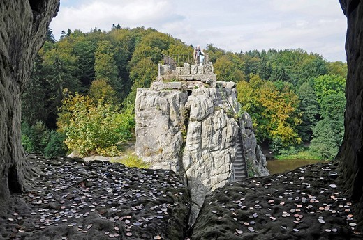 Stock Photo: 1848-168783 Coins, offerings, Externsteine sandstone rock formation, nature reserve, Horn Bad Meinberg, Teutoburg Forest, Kreis Lippe district, North Rhine_Westphalia, Germany, Europe