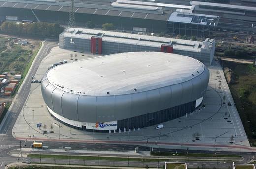 DEU Germany Duesseldorf : Multi functional arena ISS Dome. Home of the ice hockey team DEG Metro Stars. , : Stock Photo