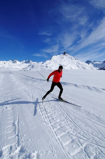 Cross_country skier, Bielerhoehe, Kleinvermunt, Galtuer, Tyrol, Austria, Europe : Stock Photo