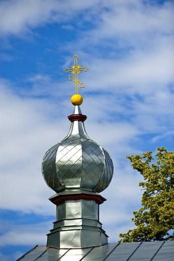 Onion dome of the Orthodox church, Kasepaeae, Lake Peipus, Peipsi jaerv, Estonia, Baltic States, Northeast Europe : Stock Photo
