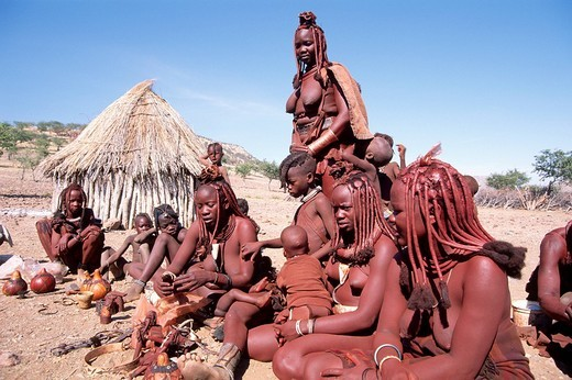 Stock Photo: 1848-170048 Himba women selling jewellry in a village, Kaokoveld, Nambia, Africa