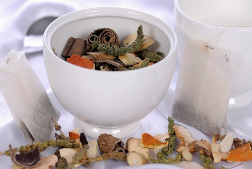 Stock Photo: 1848-170398 Chinese herbal medicinal tea, Traditional Chinese medicine
