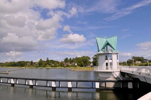 Stock Photo: 1848-170602 Bridge house of the Klapp_Schleibruecke bridge in Kappeln, Schlei river, Schleswig_Holstein, northern Germany, Germany, Europe