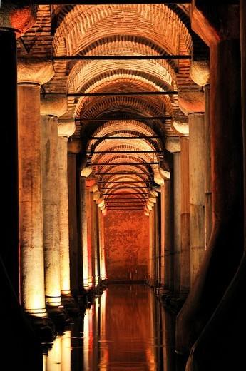 Stock Photo: 1848-171653 Basilica Cistern, also Yerebatan Cistern, 6th century, Istanbul, Turkey