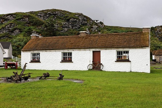 Old farmhouse in the open air museum, Glencolumbkille, Donegal, Ireland : Stock Photo