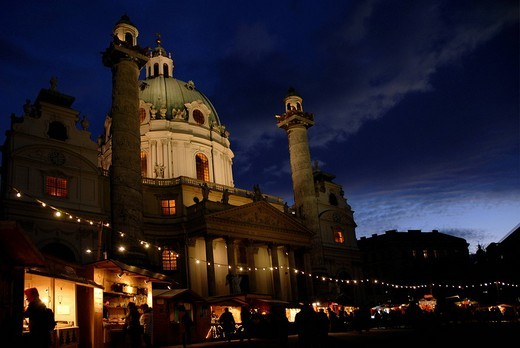Stock Photo: 1848-173460 Christmas market stands in front of the Karlskirche St. Charles´ Church in Vienna, Austria, Europe
