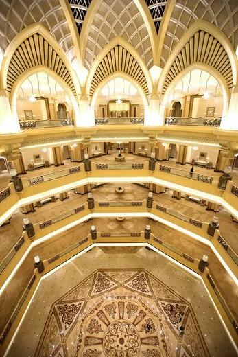 Emirates Palace Hotel, Kempinski Group, Abu Dhabi, United Arab Emirates, Middle East : Stock Photo