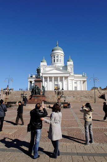 Stock Photo: 1848-174043 Alexander II statue, Tuomiokirkko, Helsinki Cathedral, people on Senate Square, Helsinki, Finland, Europe