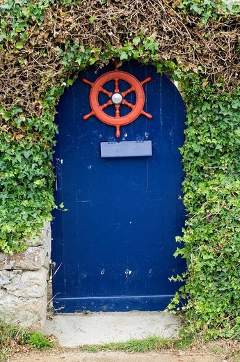 Garden door, Ile d´Ouessant Island, Bretagne, France, Europe : Stock Photo