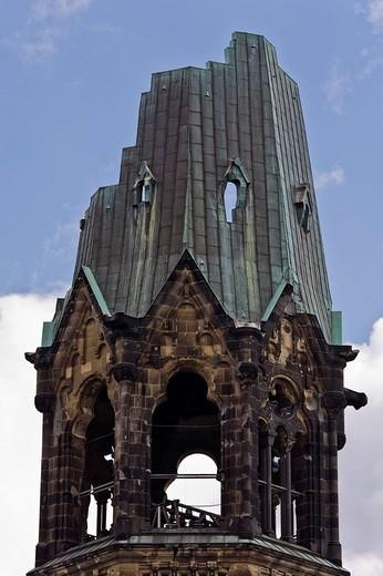 Stock Photo: 1848-179052 Emperor Wilhelm Memory Church on Breitscheidplatz in Berlin, Germany