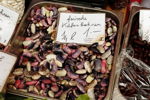 Stock Photo: 1848-180029 Runner beans, farmer´s market at Kaiser_Josef_Platz, Graz, Styria, Austria, Europe